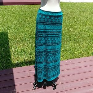 Ambiance Apparel Women's Skirt.  M.